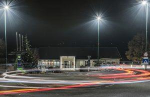 Gemeindezentrum bei Nacht